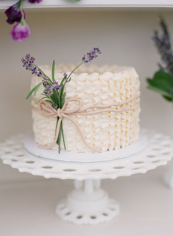 Wedding Cakes Decorated With Lavender